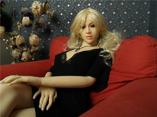 Realistic-Sex-Doll-165cm-Pearl-03